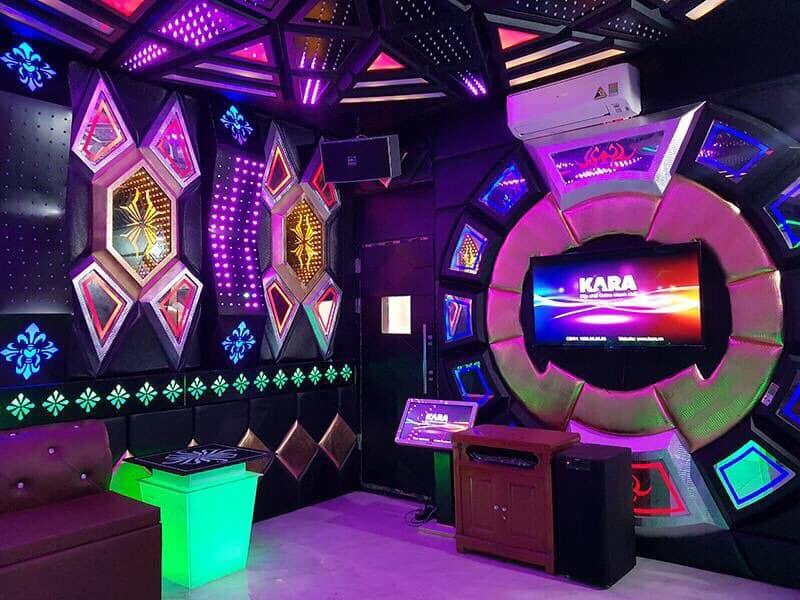Phòng Karaoke Riêng Tại Biệt Thự FLC