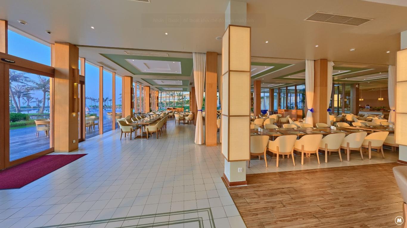 Nhà Hàng Fish Cá Tầng 1 Khách Sạn Luxury