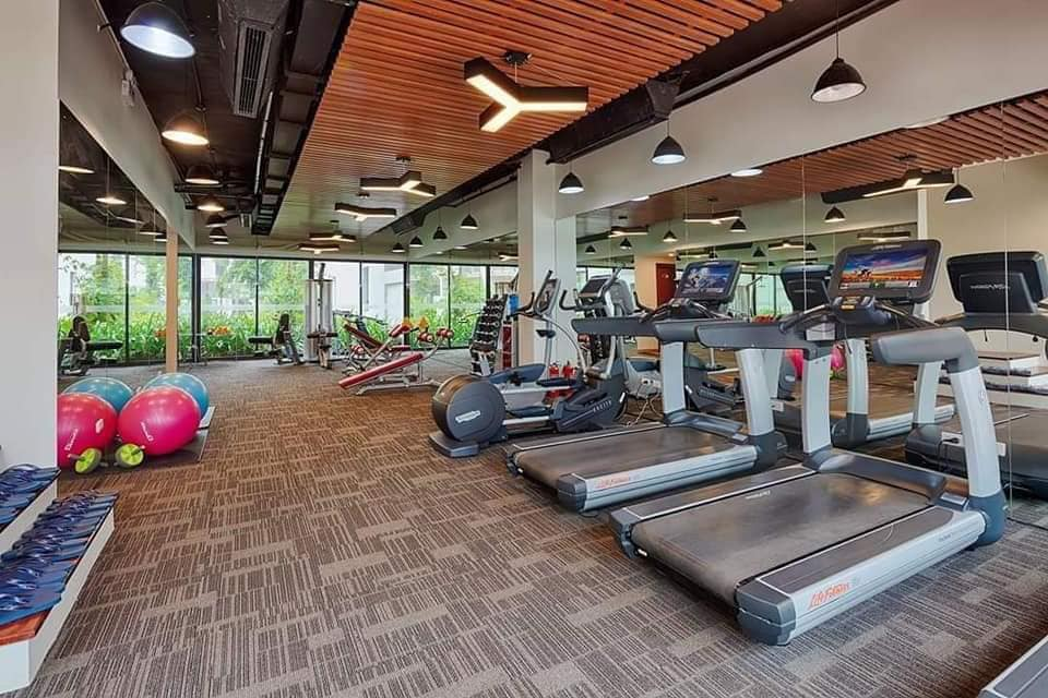 Tập Gym Royal Lotus Resort